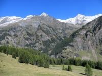 Panorama da Cusiè - Puntone dei Fraciòn (3.202), Pizzo Nass (2.994) e Pizzo Baratin (3.037)