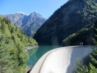 La diga del bacino idrico della Valle Malvaglia
