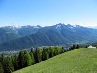In direzione dell'Alpe Colma di Dentro, panorama sulla sottostante vallata