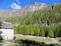 Alpe Solcio, poco prima di giungere al Rifugio Crosta