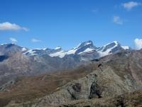 Trockener Steg - Panorama su Alphubel (sx, 4.206), Feekopf (3.888), Allalinhorn (4.027), Rimpfischhorn (4.199),  Strahlhorn (4.190)