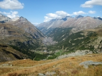 Discesa su sentiero alpino da Trockener Steg - Panorama su Zermatt