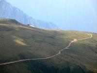 Vetta del Pizzo di Gino - panorama su Rifugio Croce di Campo