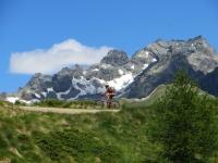 Risalendo le pendici sud-est del Mont Morion