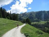 In direzione dell'alpe Champ-Combre